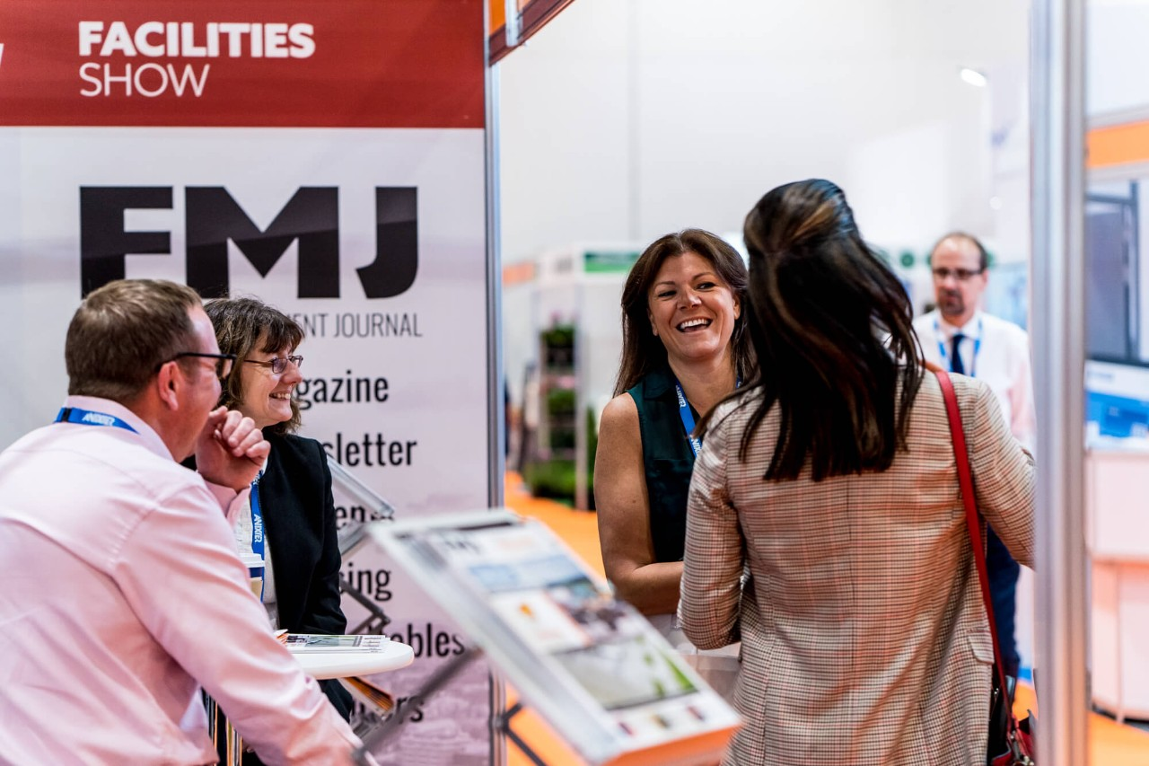Exhibitors and visitors having a coversation at Facilities Show 2019